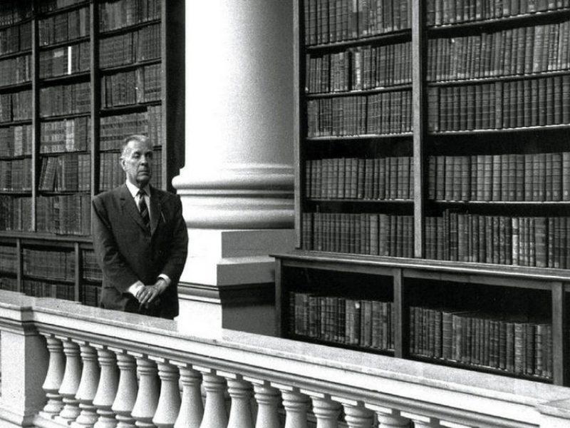 City Tour Literario: Jorge Luis Borges, la Biblioteca Nacional y la Biblioteca Miguel Cané